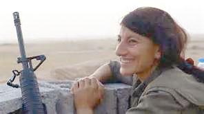 Une des combattantes du PKK, Gulîstan, terre de roses.