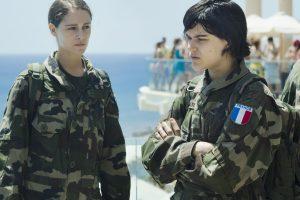 Aurore (Ariane Labed) et Marine (Soko) - Voir du pays