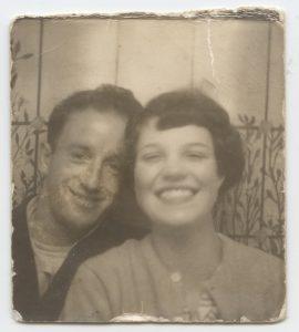 Éverard et sa femme, photo d'archives, dans Le commun des mortels