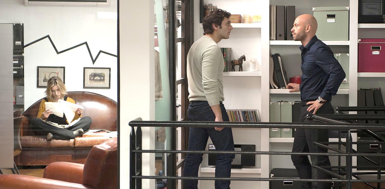 toute premi re fois entre deux chaises le petit septi me. Black Bedroom Furniture Sets. Home Design Ideas