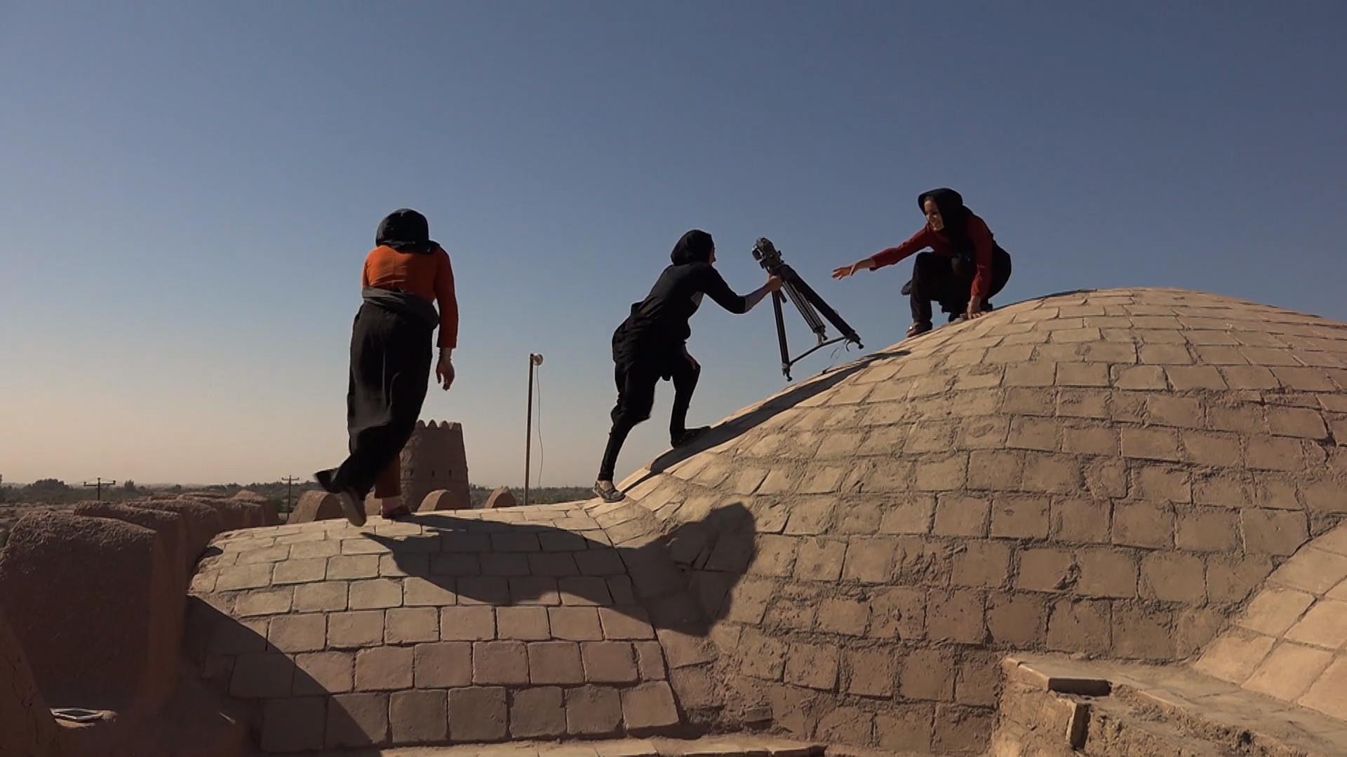 Les Femmes du soleil : une chronologie du regard – La révolution filmée